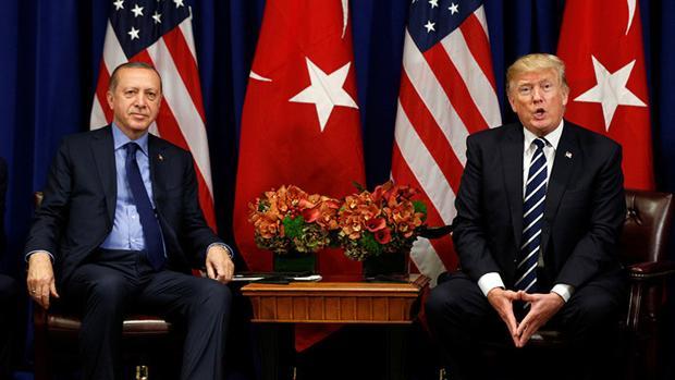 El presidente Recep Tayyip Erdogan y el presidente de EE.UU. Donald Trump