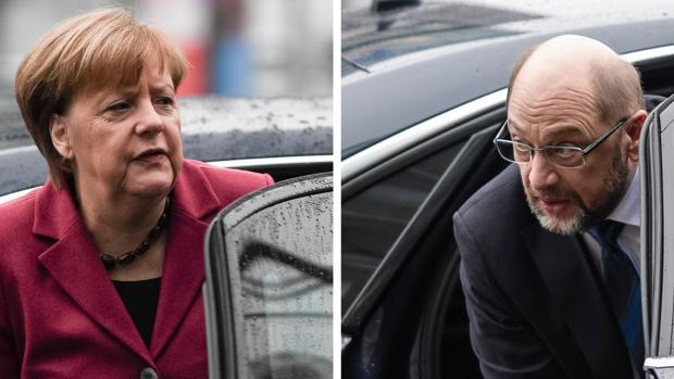 Merkel (izda) ha mostrado su «optimismo» sobre la apertura de negociaciones mientras Schuls augura que serán rápidas y constructivas