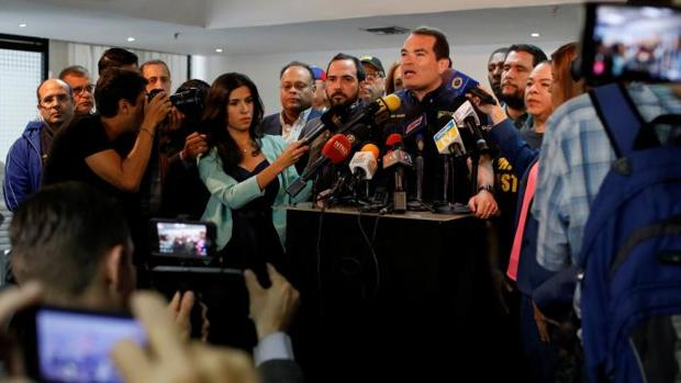 Tomás Guanipa, de Primero Justicia, se dirige a los medios este viernes en Caracas