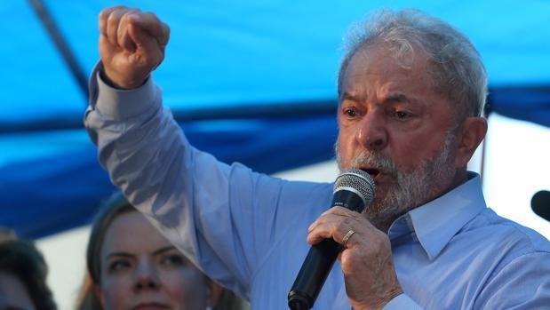 El expresidente de Brasil, Luiz Inácio Lula da Silva (2003-2010) es el favorito para las próximas elecciones presidenciales