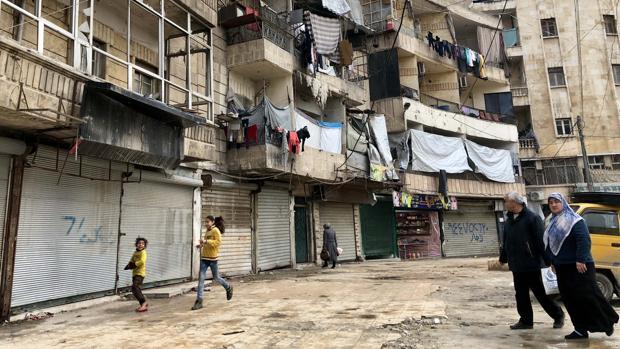 Niños jugando en el barrio kurdo de Alepo