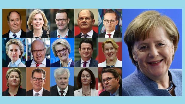 Los ministros del nuevo gobierno de Angela Merkel (a la derecha). De izquierda a derecha, y de arriba a abajo: Helge Braun (jefe de Personal), Julia Kloeckner (Alimentación y Agricultura), Jens Spahn (Salud), Olaf Scholz (vicecanciller y Finanzas), Heiko Maas (Exteriores), Ursula von der Leyen (Defensa), Peter Altmaier (Economía), Anja Karliczek (Educación e Investigación), Hubertus Heil (Trabajo), Franziska Giffey (Familia), Svenja Schulze (Medio Ambiente), Gerd Mueller (Desarrollo), Horst Seehofer (Interior), Katarina Barley (Justicia) y Andreas Scheuer (Transporte)