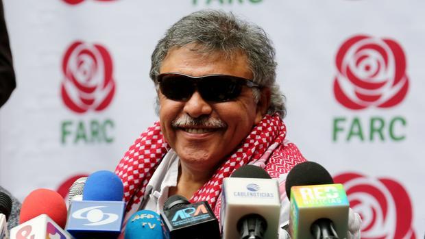 Jesús Santrich, en una rueda de prensa del partido político FARC