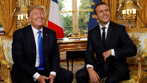 El presidente de los Estados Unidos, Donald Trump, junto al presidente de Francia. Emmanuel Macron