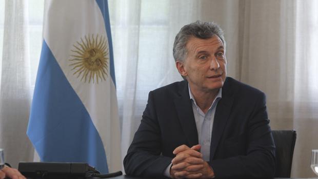 El presidente de Argentina, Mauricio Macri, participa de un encuentro con periodistas