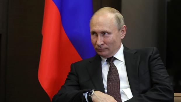 El presidente ruso, Vladimir Putin, momentos antes de reunirse con el primer ministro indio, Narendra Modi
