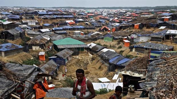 Panorámica del campamento de refugiados rohingyas de Kutupalong