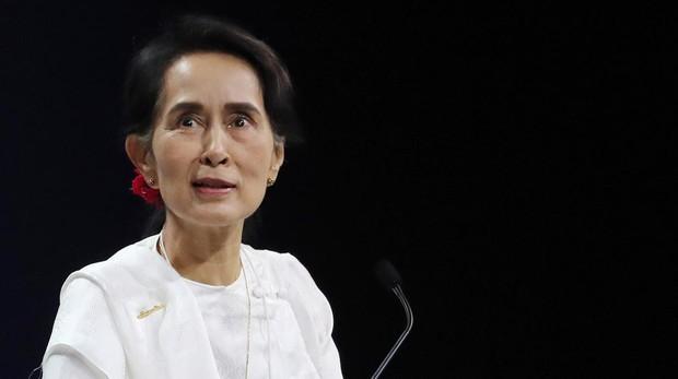La líder de facto del gobierno birmano, Aung San Suu Kyi