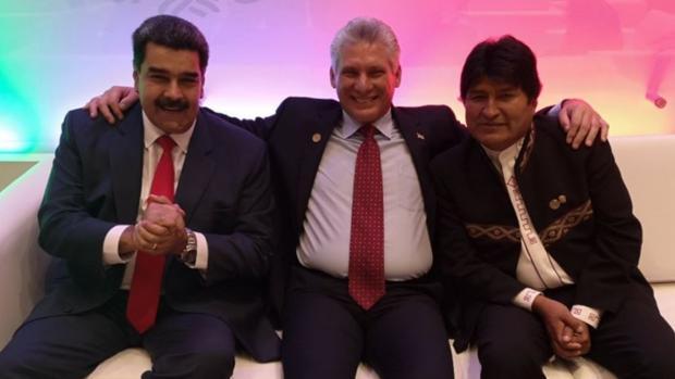 Evo Morales (derecha), con Nicolás Maduro y Díaz-Canel en una foto subida a Twitter por el presidente venezolano tras asistir a la investidura del presidente mexicano, Andrés Manuel López Obrador