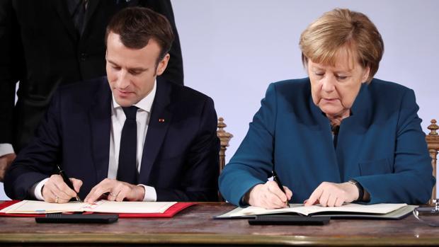 Merkel y Macron abanderan el bando proeuropeo