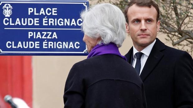 Macron durante un homenaje a Claude Érignac, prefecto asesinado en febrero de 1998