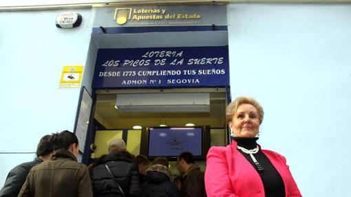 Imagen de la fachada de la administración Los Picos de la Suerte