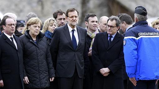 Hollande, Merkel, Rajoy y Mas tras estrellarse el avión