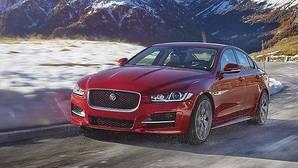 El Jaguar XE recibe una tracción AWD