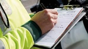 Los españoles solo recurren una de cada siete multas de tráfico