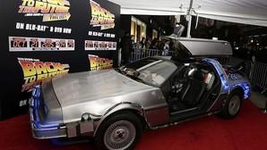 Los coches DeLorean de «Regreso al futuro» volverán a la venta en 2017