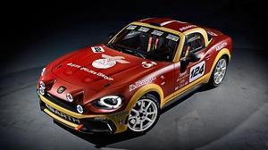 Un nuevo miembro para el club de los rallyes, el Abarth 124 rally