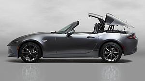 Mazda presenta la versión de techo rígido del descapotable MX5