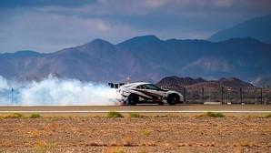 El Nissan GT-R logra el récord mundial con el derrape más rápido