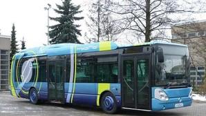 Convertir un autobús en híbrido llega a ahorrar hasta el 30% de combustible