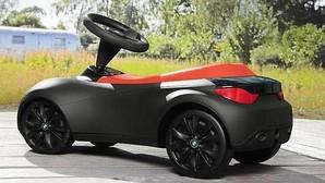 Un BMW de juguete, llamado a revisión