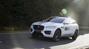 El Jaguar F-Pace se presenta en España en el Salón del Automóvil de Madrid