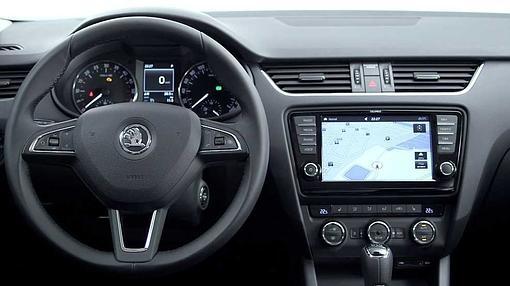 Impecable presentación interior y un puesto al volante muy ergonómico