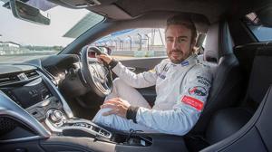 Fernando Alonso prueba el nuevo Honda NSX