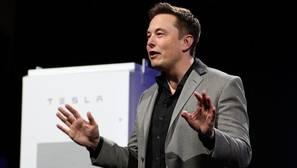 Tesla no eliminará el piloto automático de sus nuevos modelos a pesar de los accidentes