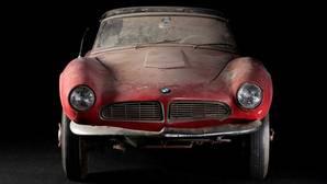 BMW restaura el coche de Elvis Presley