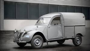 La furgoneta 2CV cumple 65 años