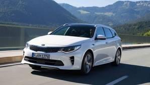 Kia presenta su nuevo Optima GT y las versiones híbrida y familiar