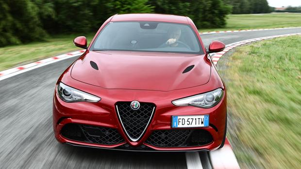 Cambio automático de 8 marchas en el Giulia Quadrifoglio
