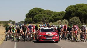 Así son los coches de la Vuelta Ciclista a España