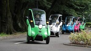 El i-ROAD de Toyota ya rueda en fase de pruebas por las calles de Tokio