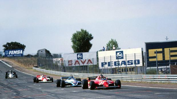 Gran Premio de España de Fórmula 1 de 1981, último del Jarama, con los cinco primeros clasificados: Gilles Villeneuve (Ferrari), Jacques Laffite (Ligier-Matra), John Watson (McLaren-Ford), Carlos Reutemann (Williams-Ford) y Elio de Angelis (Lotus-Ford).