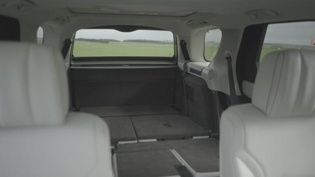 :  Land Rover presenta en París su nuevo Discovery