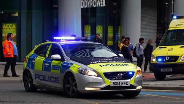 La policía inglesa quiere detener coches a distancia
