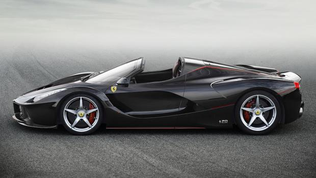 SALÓN DE PARÍS:  Ferrari presenta los actos de su 70 aniversario