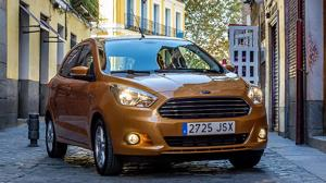 El pequeño Ford KA+, ya está disponible en los concesionarios