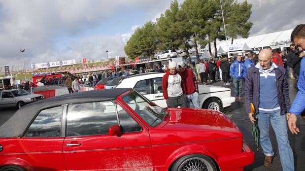 Miles de entusiastas del Golf GTI se concentraron en el Jarama