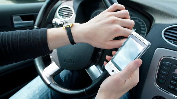 Se dispara la siniestralidad por el uso del móvil al volante en Estados Unidos