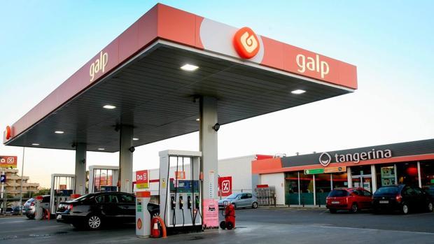 Los secretos de las gasolinas «premium»: ¿realmente merecen la pena?