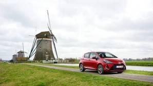 Toyota Yaris 2017: nuevo motor de gasolina, híbrido más silencioso, y más seguridad de serie