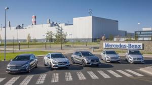 La gama de compactos de Mercedes-Benz a las puertas de la fábrica de Kecskemét en Hungría