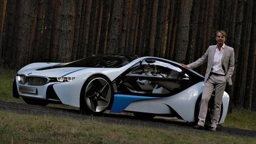 Van Hooydonk, junto al «concept» Efficient Dynamics de BMW