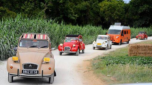 Los 2.000 Citroën 2CV llegaron de todo el mundo