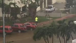 Este coche se salva milagrosamente tras el paso del huracán Irma