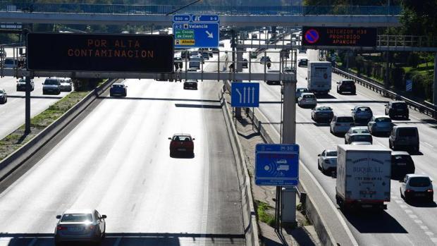 El 71,8% de la población reconoce haberse planteado la adquisición de un coche bajo o cero emisiones