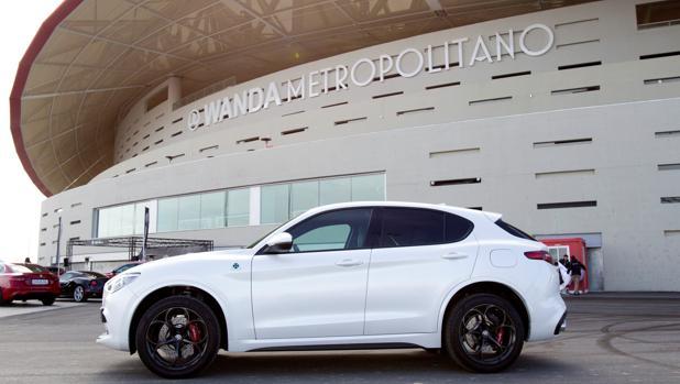 El nuevo Alfa Romeo Stelvio Quadrifoglio, en el Wanda Metropolitano